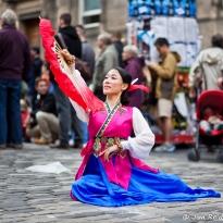 Oriental Fan Girl